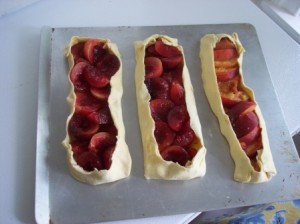 Three assemled tart waiting to be baked
