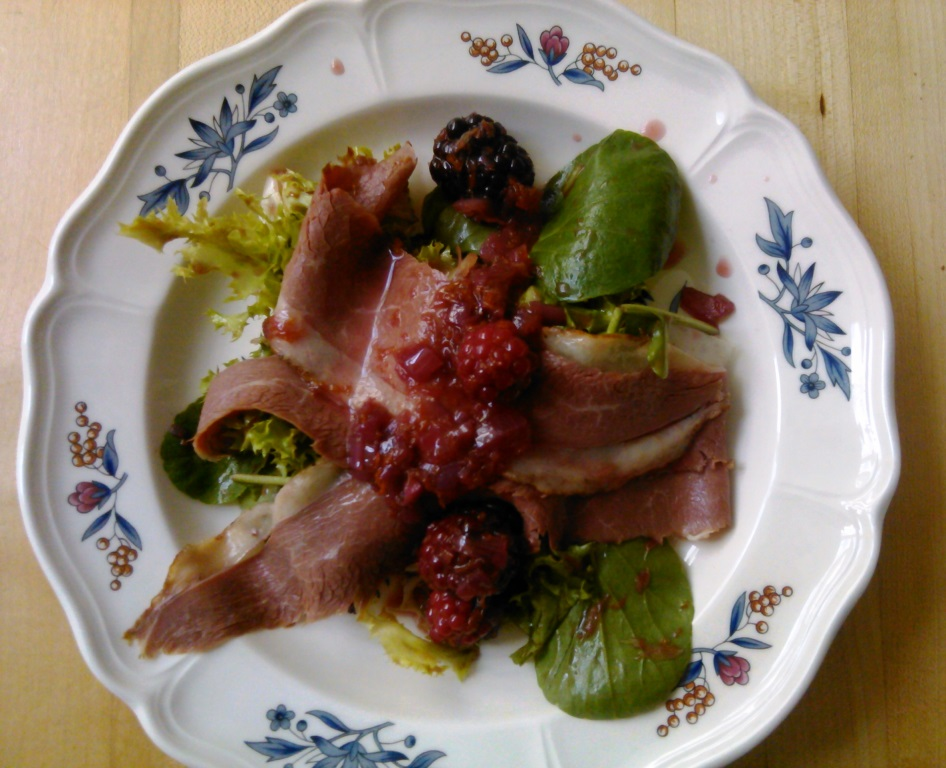 smoked duck & blackberrry salad